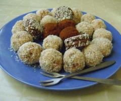 Bisküvili Elmalı Toplar