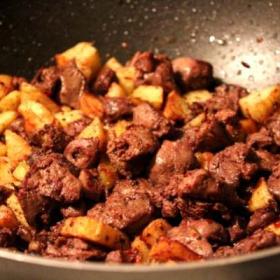 Patatesli Ciğer Sote